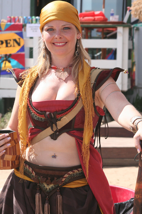 A_comely_wench
