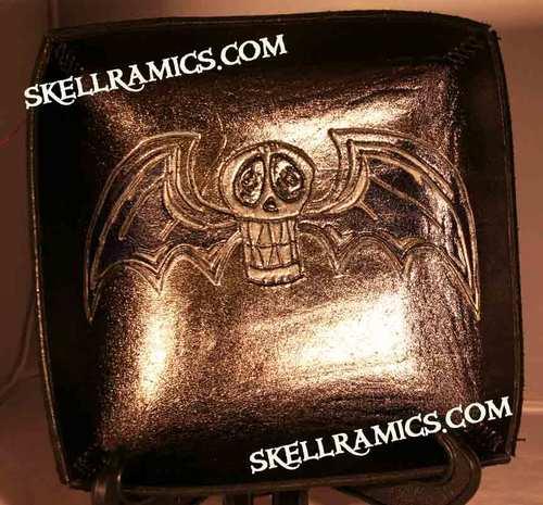 Skellramicswingedskulltrayr